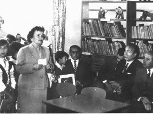 Otwarcie pierwszej biblioteki dla dzieci w Łomży (wrzesień 1963 r.)